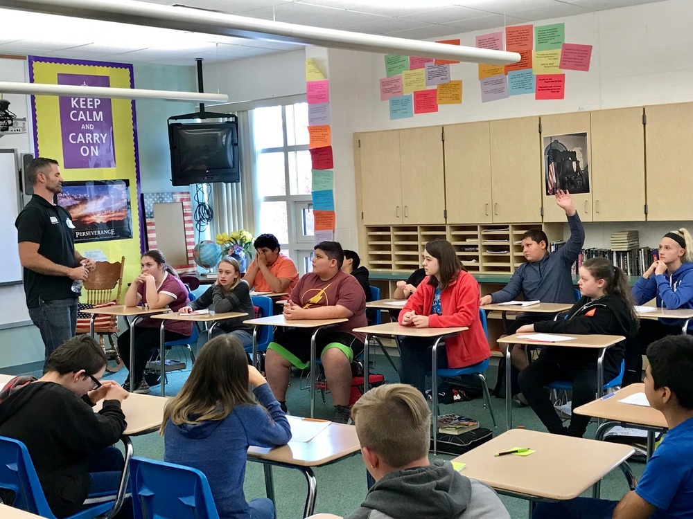 7th Grade Classes Learn from Guest Military Speakers